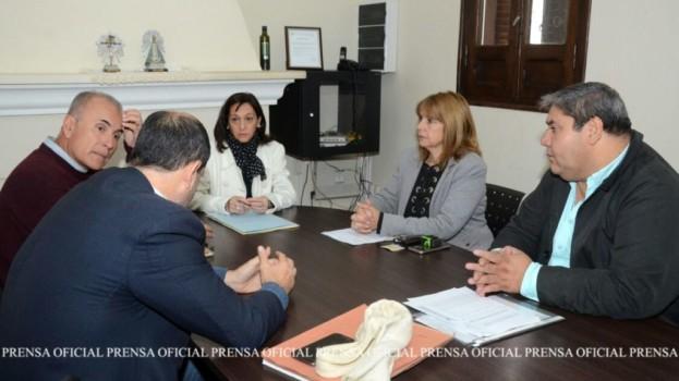 La Escribanía de Gobierno avanza en obtención de catastro individual del barrio El Naranjito de Güemes