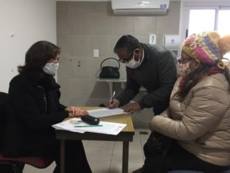 Firma de escrituras de compraventa e hipoteca