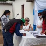 Continúa la firma de escrituras públicas de transferencia sin cargo de inmuebles del Barrio Cornejo